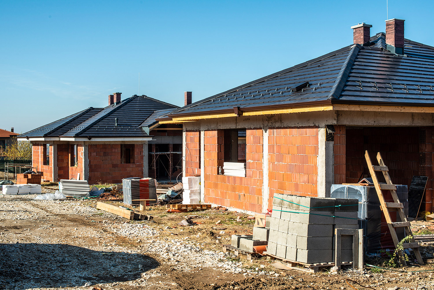 building-a-new-brick-house-with-black-roof-small-MAS2ABC2